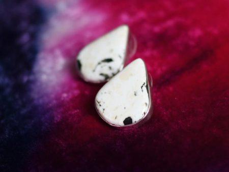 2019-White-Buffalo-Turquoise-Silver-Pendant-Earrings