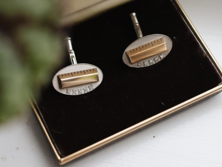 2019-diamond-ruler-cufflinks