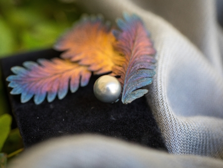 Sterling Silver Floral Brooch with Large Tahitian Pearl